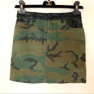 BDG camo mini skirt